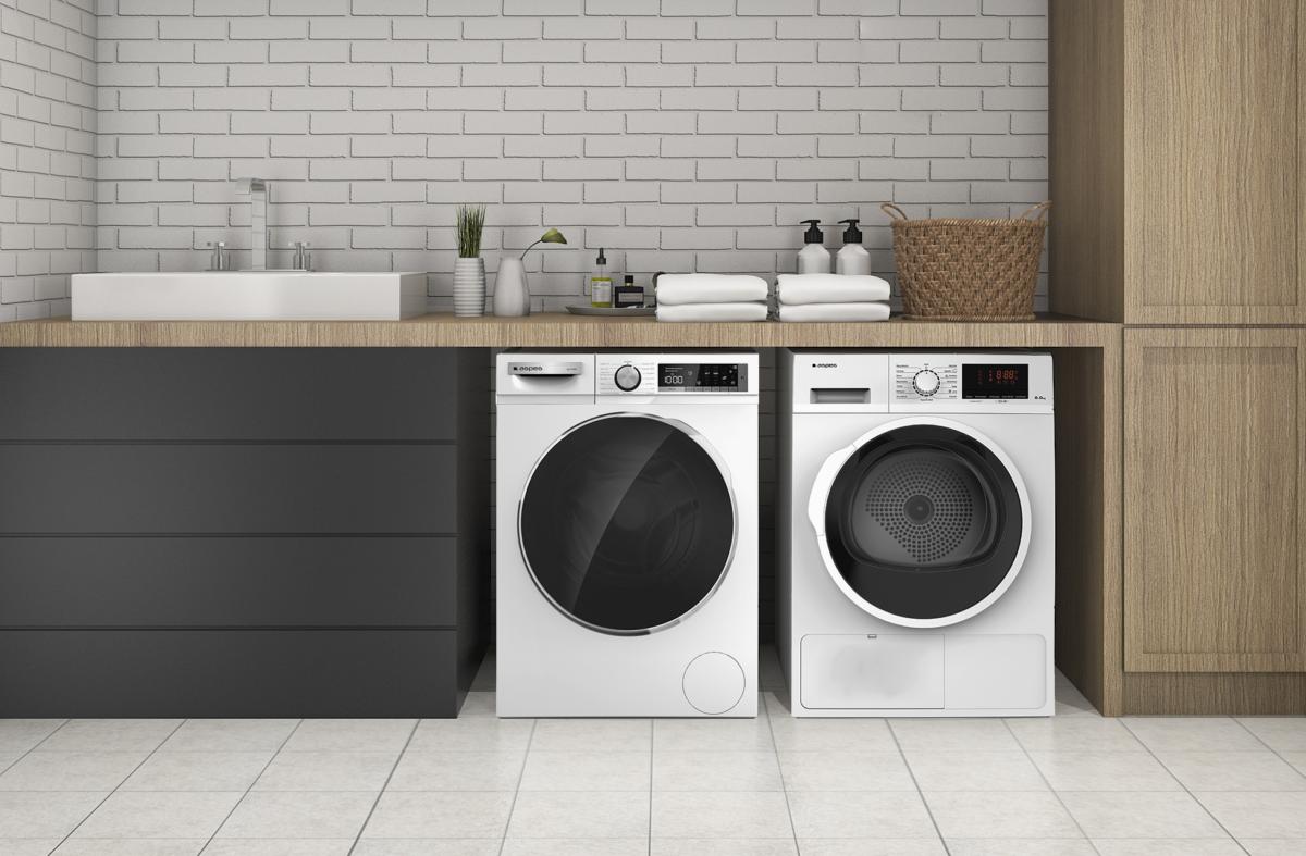 Moderna despensa o lavandería con secadora bomba calor ASB1108 y lavadora ALF11410 de Aspes